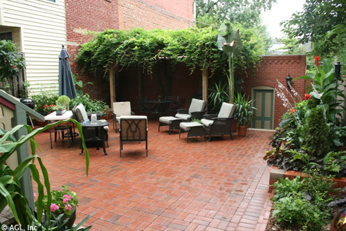 courtyard patio